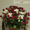 Ритуальная корзина с алыми розами № 28