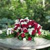 Ритуальная композиция для возложения из живых цветов на заказ