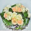 Букет из 21 розы белой и персиковой