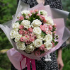 Bouquet of roses Duet: white and pink roses