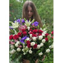 Какой букет подарить девушке на первом свидании: заказ цветов