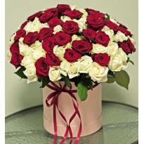 Розы: в коробке или в корзине?