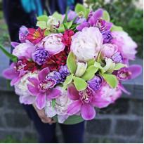 Букеты на 8 марта – полезные советы от флористов для всех