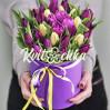 Букет 27 тюльпанов в шляпной коробке на заказ