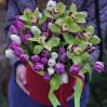 """Шляпная коробка с орхидеями и тюльпанами """"Ноты Весны"""""""