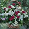 Траурная корзина с розами и лилиями № 24