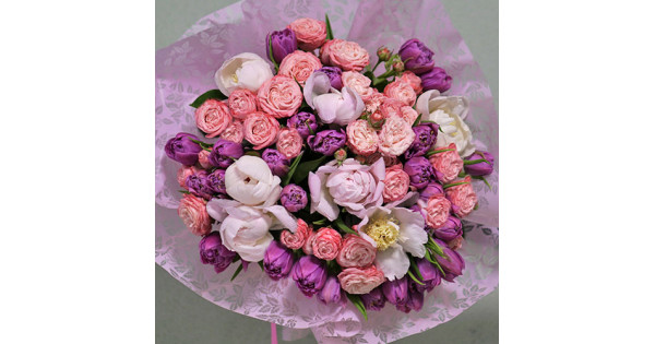 Bouquets with peonies buy in Kiev, delivery