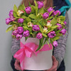 Large hatbox tulips and orchids