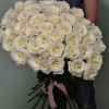 35 meter white roses from Ecuador with delivery in Kiev and region