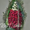 Венок с хвоей и розами № 95 (высота 170 см)