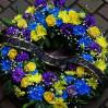 Траурная композиция №12 из живых цветов на доставку в Киеве