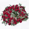 Большой ритуальный венок для возложения из роз