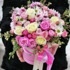 Large mixed bouquet in a hatbox Scenic