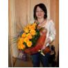 """Букет из желтых роз и ирисов """"Сфинкс"""""""