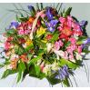 """Композиция цветов с ирисами """"Яркие краски"""""""