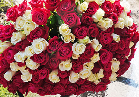 Flowers delivery to Kyiv by phone