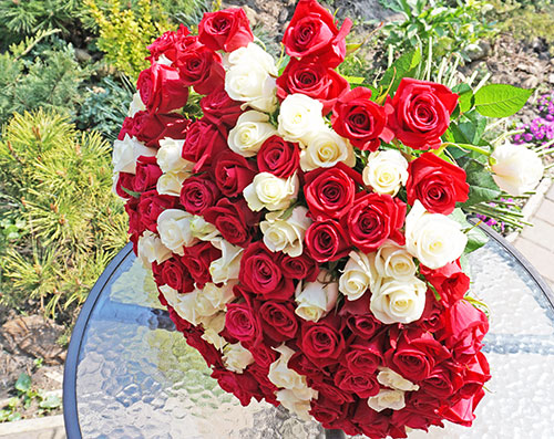 Order flowers delivery to Kyiv