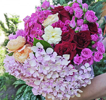 Delivery of a bouquet of flowers to Kyiv