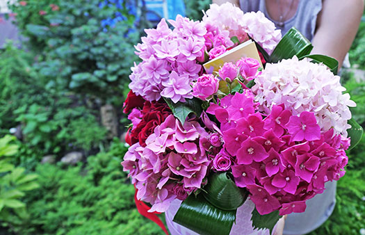 Flowers delivery to Kyiv to order