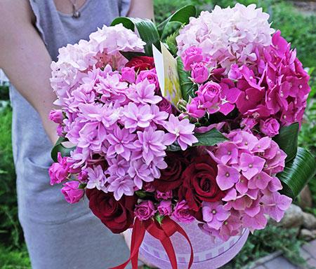 Доставка цветов Киев Харьковский массив