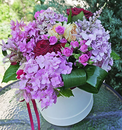 Flowers delivery Kyiv with a note