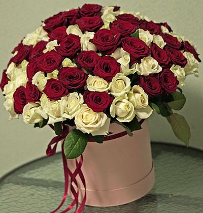 Букеты цветов с доставкой Киев