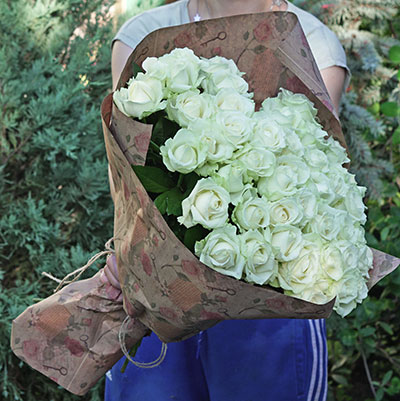 The Internet ordering flowers to Kyiv