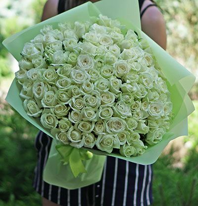 Fllowers delivery to an address in Kyiv