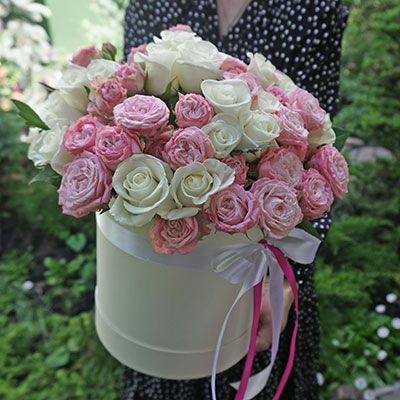Bouquets of flowers with home delivery