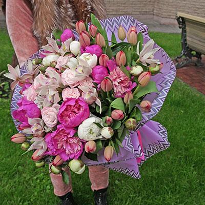 Заказать цветы с доставкой в Киеве