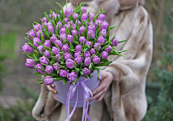 To order flowers delivery in Kyiv around the clock