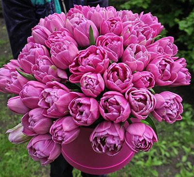 Букет цветов для любимой девушки с доставкой по Киеву