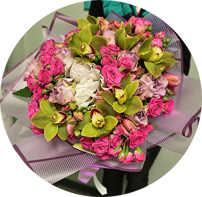 Flowers and bouquets delivery in Kyiv from any corner of the planet